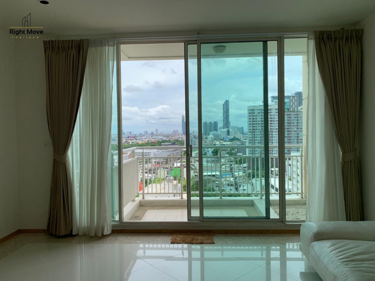 Right Move Thailand Agency's CA6617 Emprice Place For Rent 55,000 THB 2 Bedrooms 100 Sqm  6