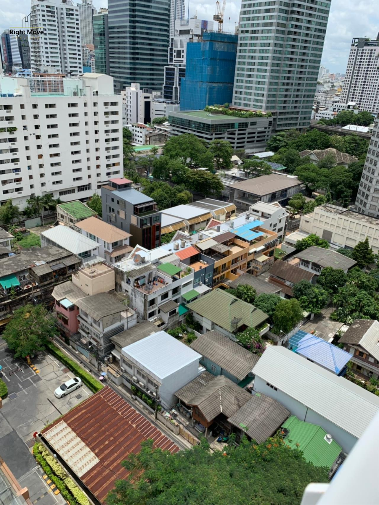 Right Move Thailand Agency's CA6617 Emprice Place For Rent 55,000 THB 2 Bedrooms 100 Sqm  21