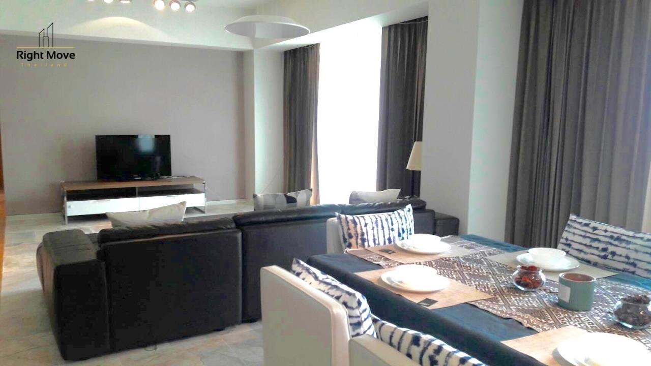 Right Move Thailand Agency's CA6749 The Met For Rent 115,000 THB 3 Bedrooms 190 Sqm 2