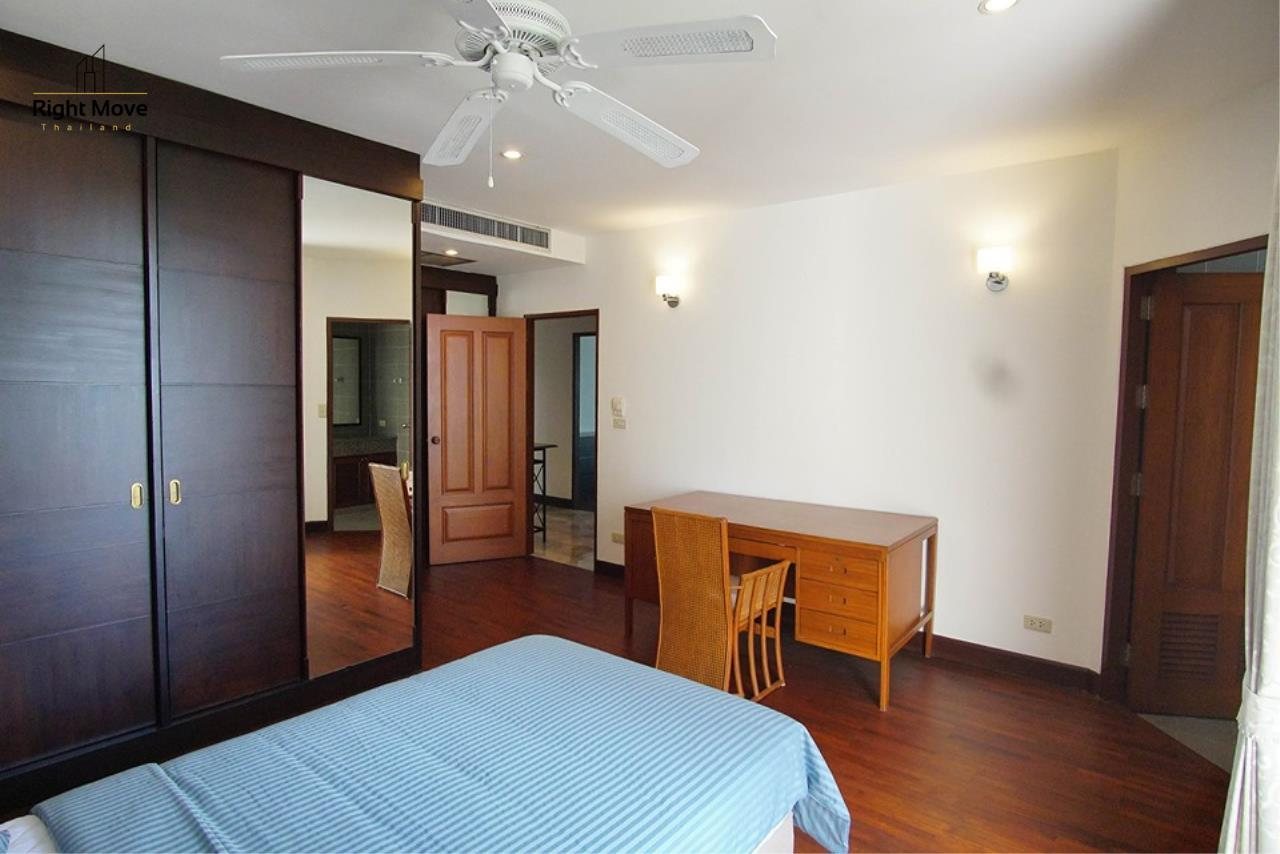 Right Move Thailand Agency's CA6836 Duplex Apartment For Rent 110,000 THB 4+1 Bedrooms 420 Sqm 8