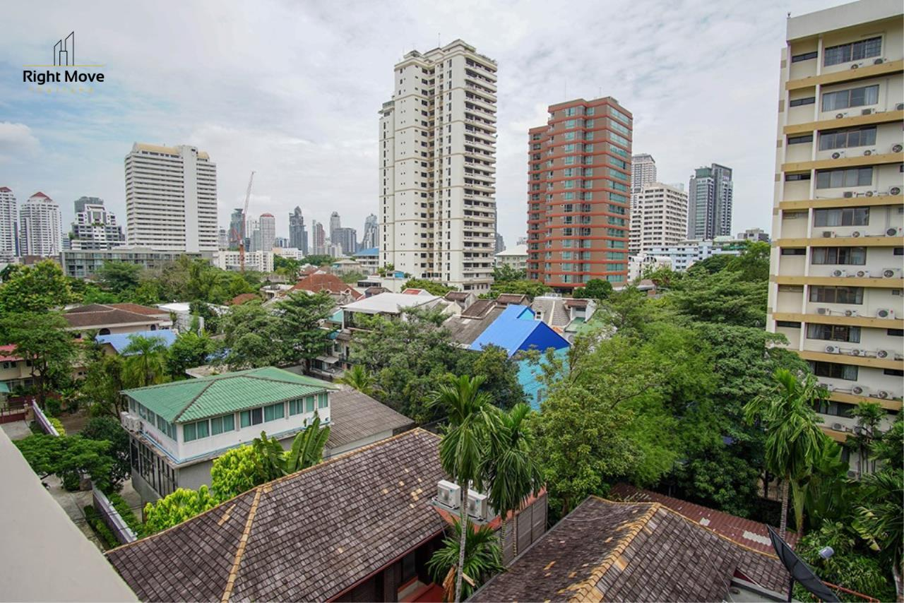 Right Move Thailand Agency's CA6836 Duplex Apartment For Rent 110,000 THB 4+1 Bedrooms 420 Sqm 11