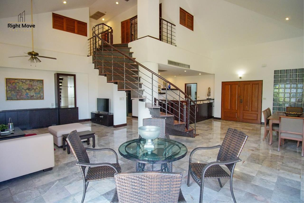 Right Move Thailand Agency's CA6836 Duplex Apartment For Rent 110,000 THB 4+1 Bedrooms 420 Sqm 2