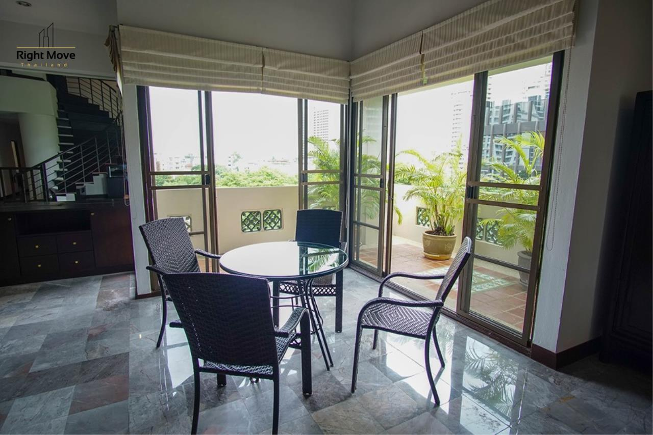Right Move Thailand Agency's CA6836 Duplex Apartment For Rent 110,000 THB 4+1 Bedrooms 420 Sqm 18