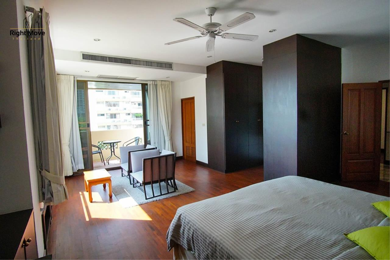 Right Move Thailand Agency's CA6836 Duplex Apartment For Rent 110,000 THB 4+1 Bedrooms 420 Sqm 20