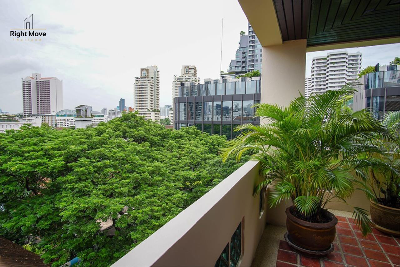 Right Move Thailand Agency's CA6836 Duplex Apartment For Rent 110,000 THB 4+1 Bedrooms 420 Sqm 21