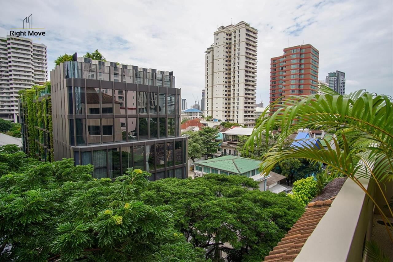 Right Move Thailand Agency's CA6836 Duplex Apartment For Rent 110,000 THB 4+1 Bedrooms 420 Sqm 23