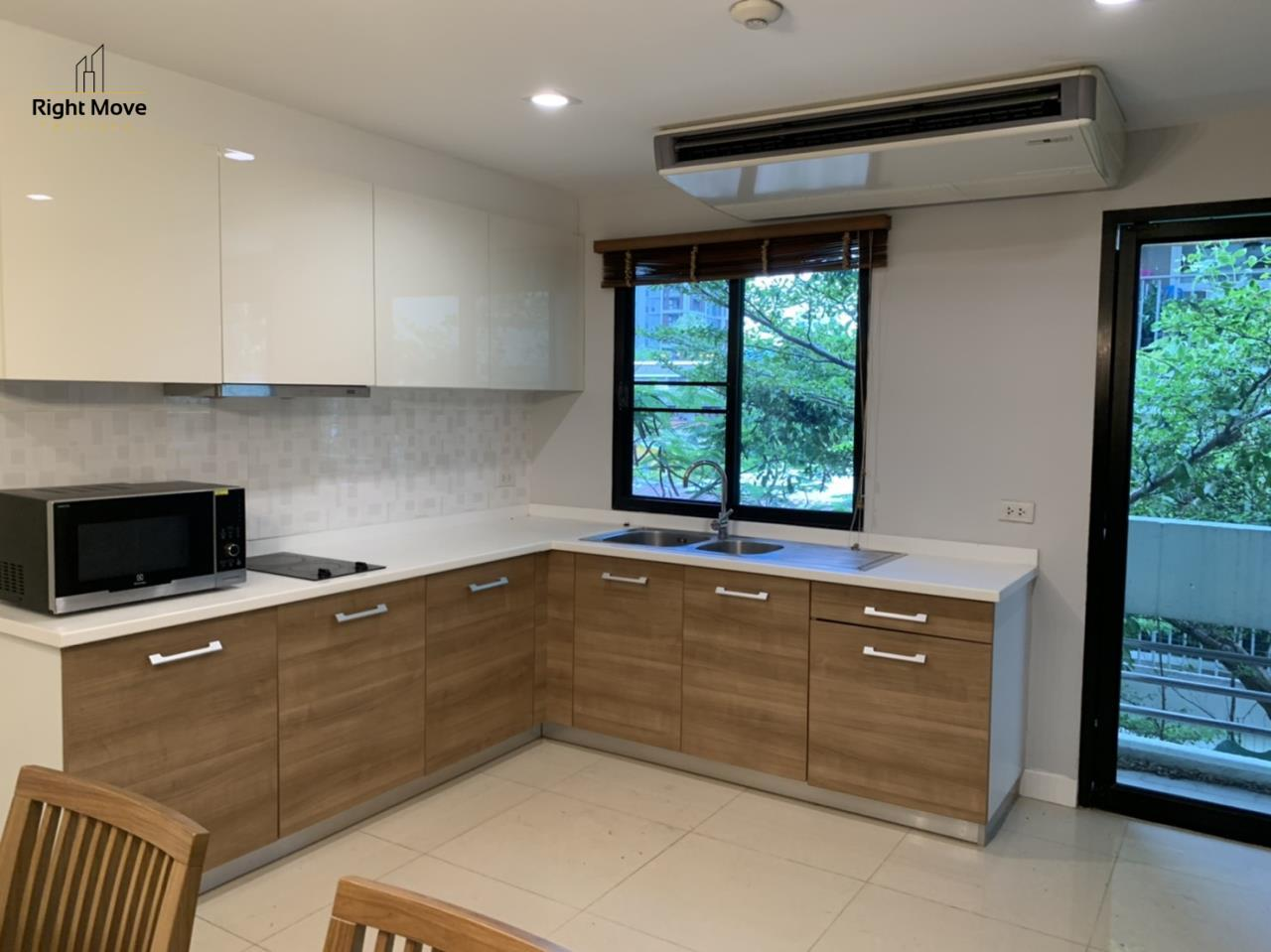 Right Move Thailand Agency's CA7083 Beverly Hills Mansion For Rent 43,000 THB 2 Bedrooms 133.95 3