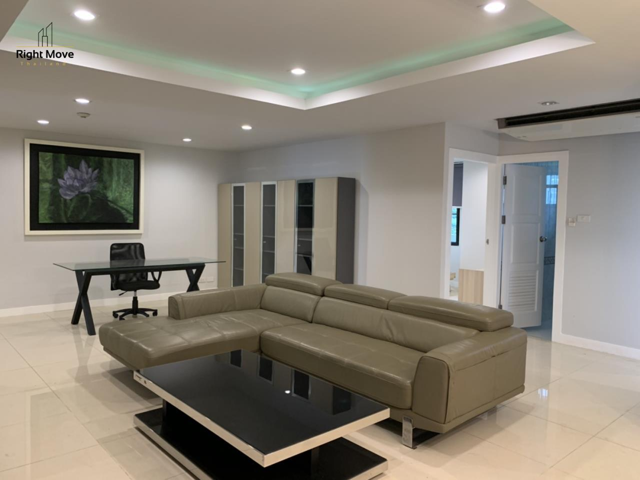Right Move Thailand Agency's CA7083 Beverly Hills Mansion For Rent 43,000 THB 2 Bedrooms 133.95 6
