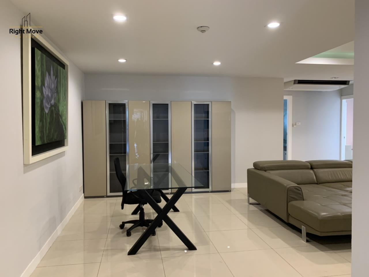 Right Move Thailand Agency's CA7083 Beverly Hills Mansion For Rent 43,000 THB 2 Bedrooms 133.95 9