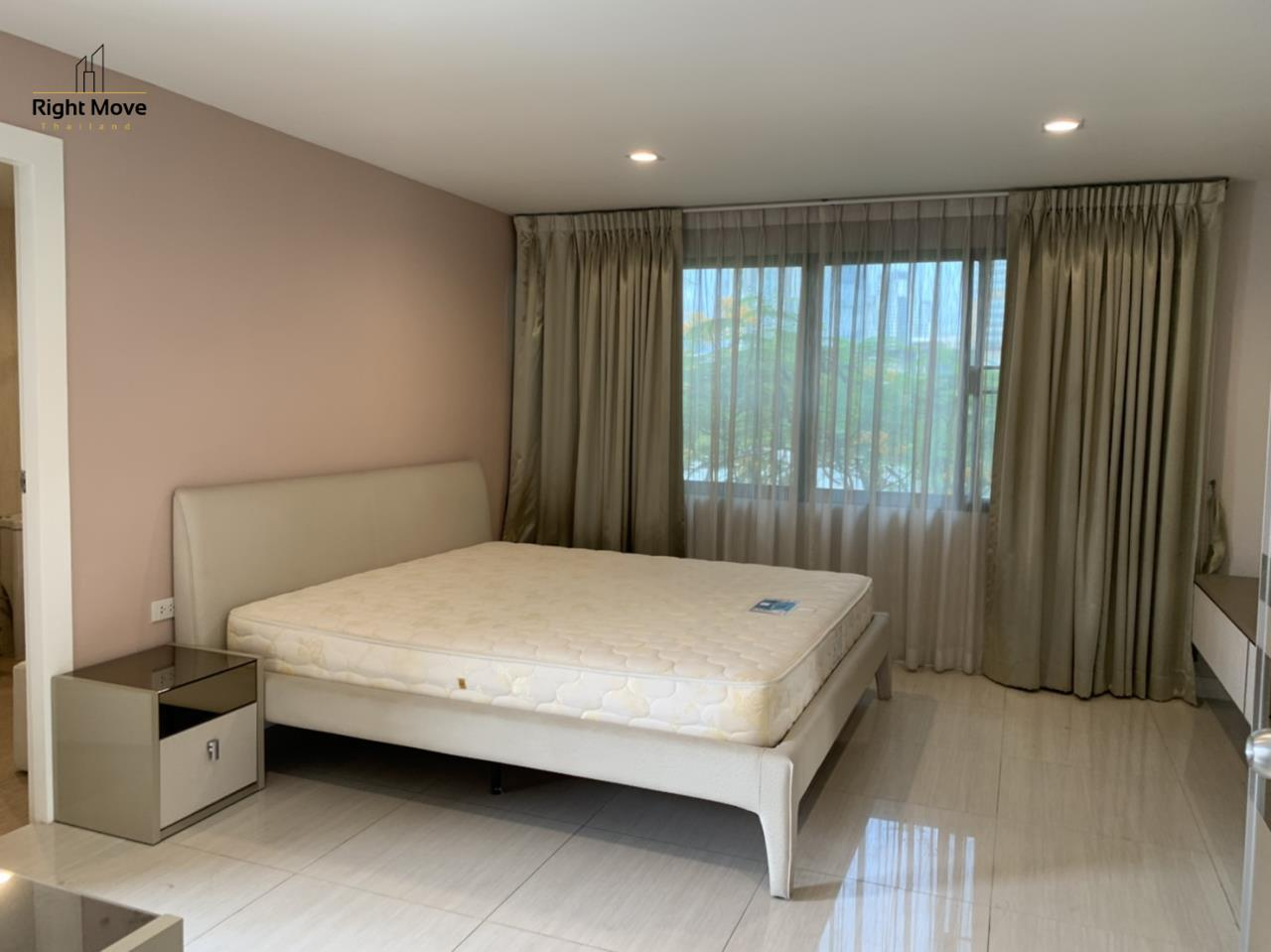 Right Move Thailand Agency's CA7083 Beverly Hills Mansion For Rent 43,000 THB 2 Bedrooms 133.95 10