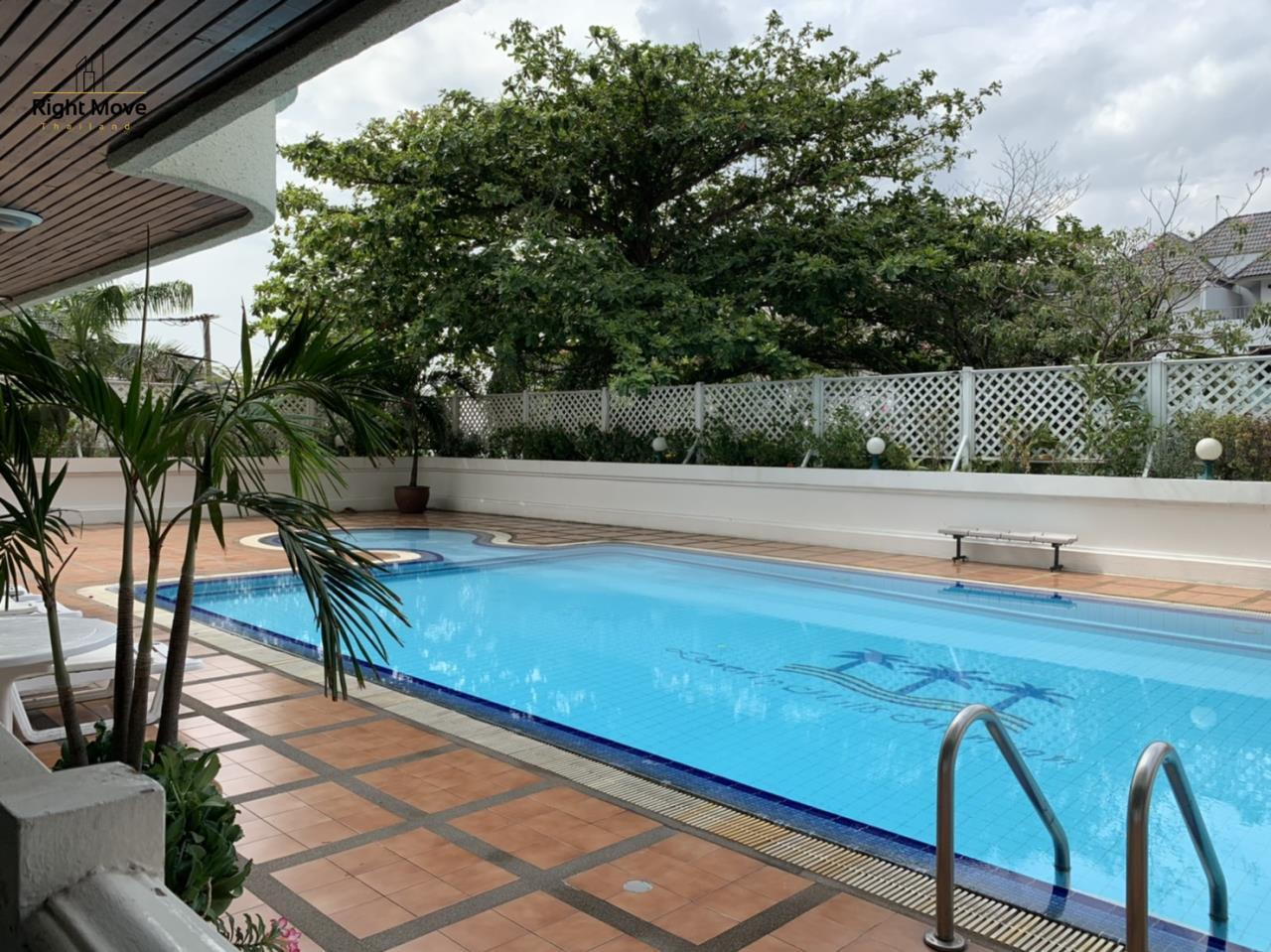 Right Move Thailand Agency's CA7083 Beverly Hills Mansion For Rent 43,000 THB 2 Bedrooms 133.95 17