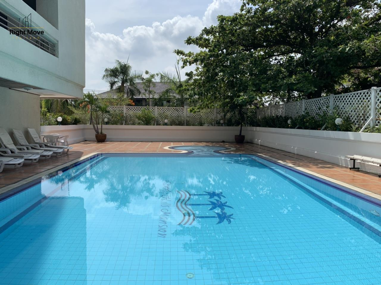 Right Move Thailand Agency's CA7083 Beverly Hills Mansion For Rent 43,000 THB 2 Bedrooms 133.95 16