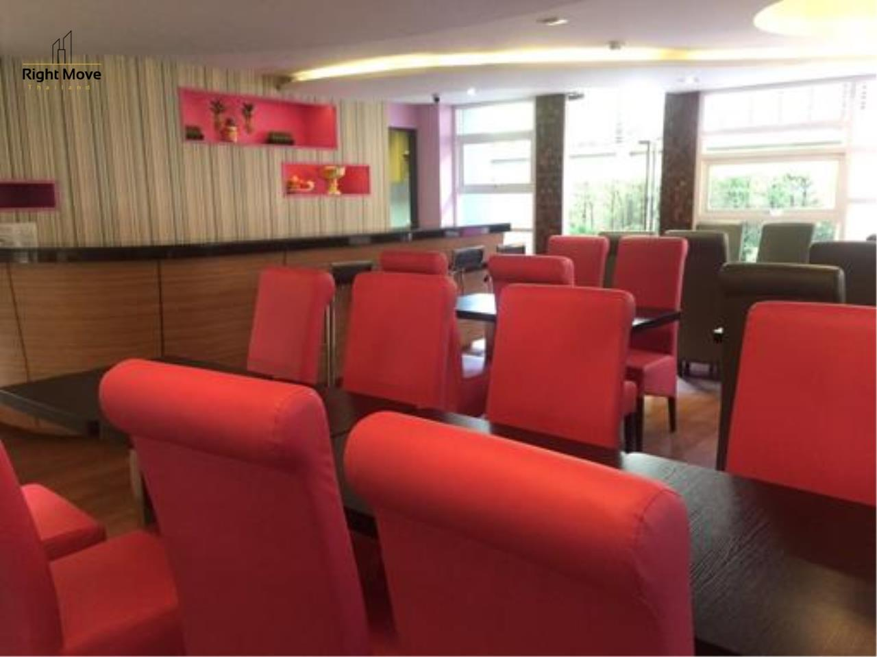 Right Move Thailand Agency's CM178 Hotel For Sale 380,000,000 THB 2500 Sqm 16