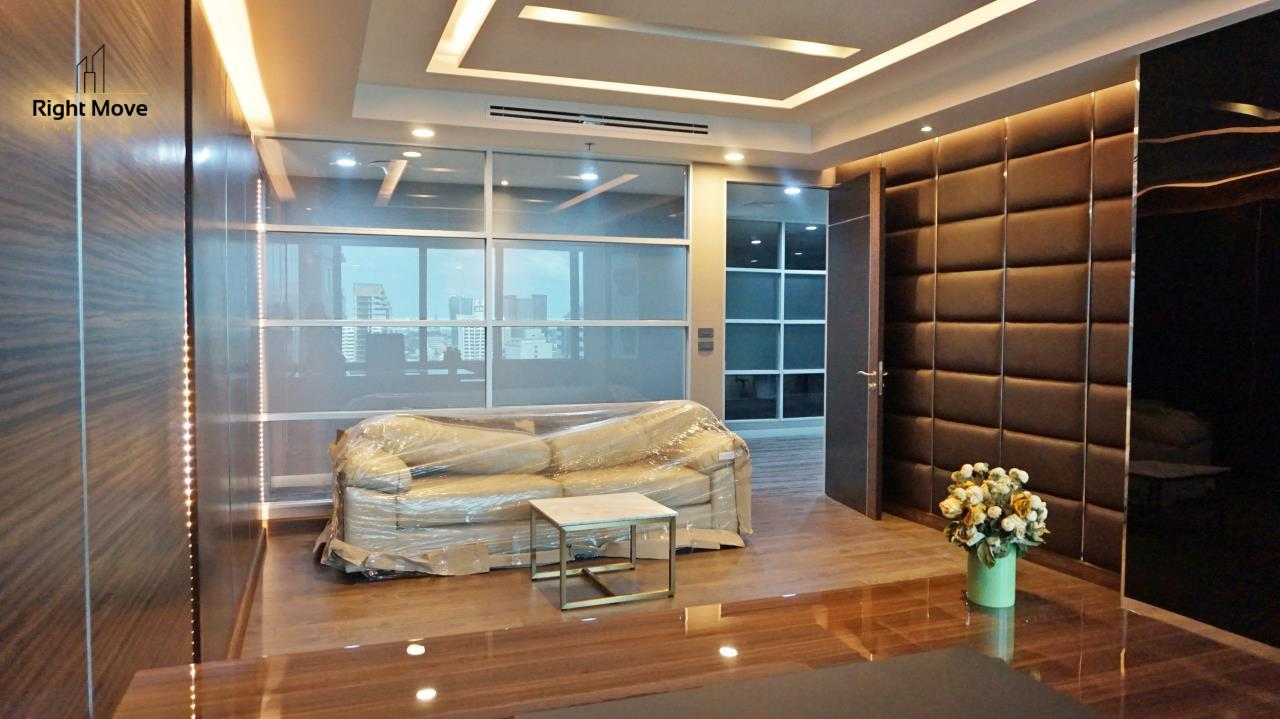 Right Move Thailand Agency's CM281 Brand New Office for Rent 260,000THB - Sale 40,000,000THB - 350 sqm. 17