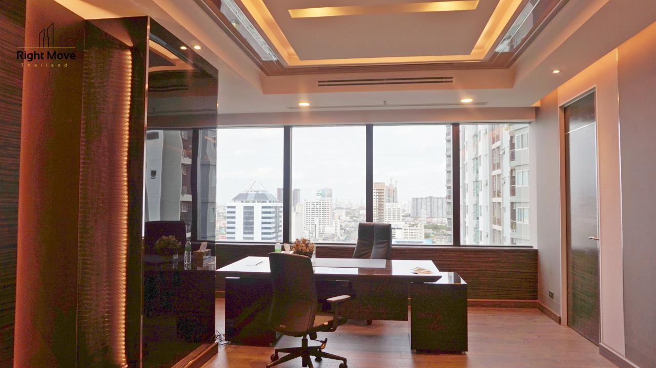 Right Move Thailand Agency's CM281 Brand New Office for Rent 260,000THB - Sale 40,000,000THB - 350 sqm. 21
