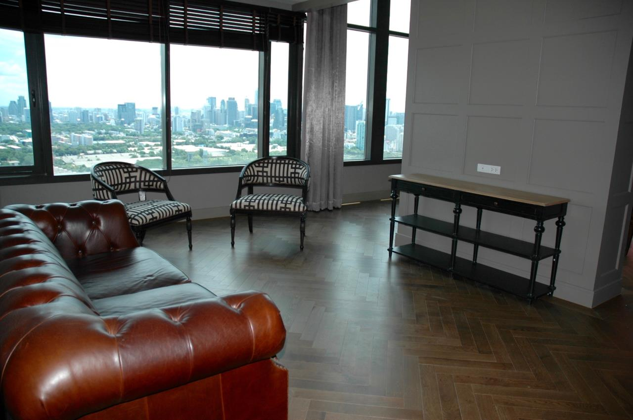 Right Move Thailand Agency's Stunning Aguston Penthouse 4 Bedrooms 427 Sqm 10