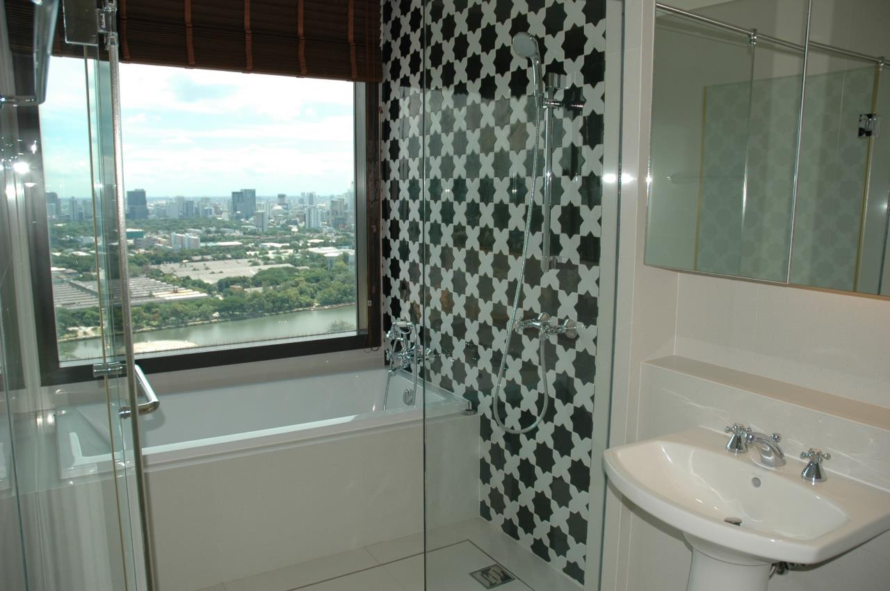 Right Move Thailand Agency's Stunning Aguston Penthouse 4 Bedrooms 427 Sqm 18