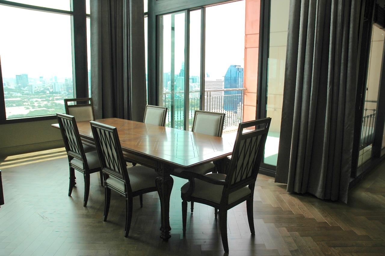 Right Move Thailand Agency's Stunning Aguston Penthouse 4 Bedrooms 427 Sqm 4