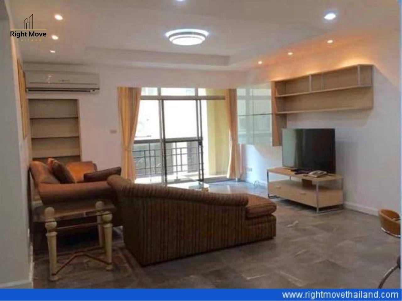 Right Move Thailand Agency's CS1926 For Sale Royal Castle 3 bedrooms 133 Sqm 14,200,000 THB  1