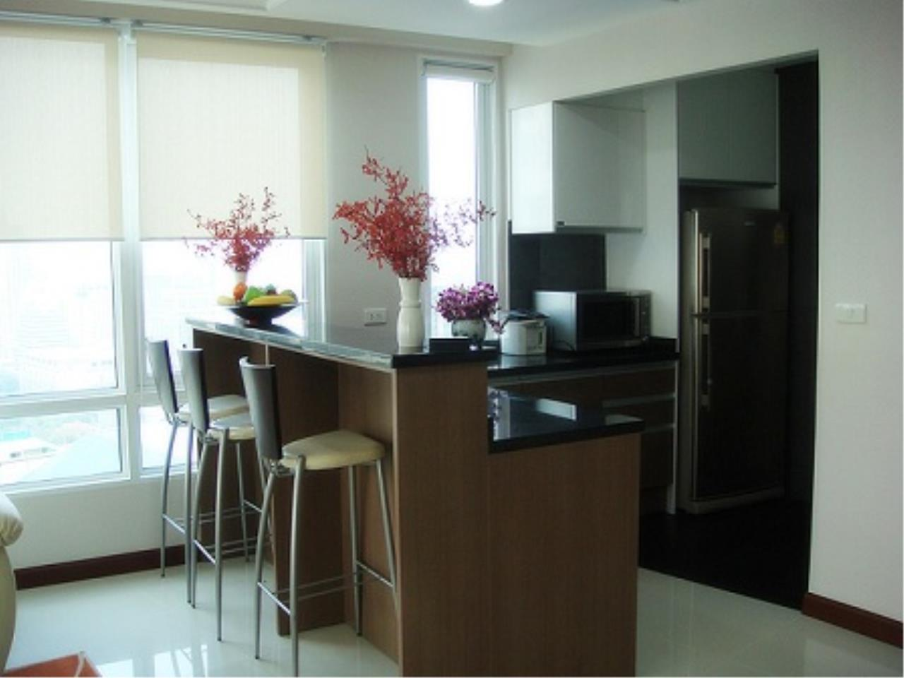 Right Move Thailand Agency's CS1947 Anatara​ Baan Rajprasong 2 Bedrooms For Sale 13,900,000 THB 5