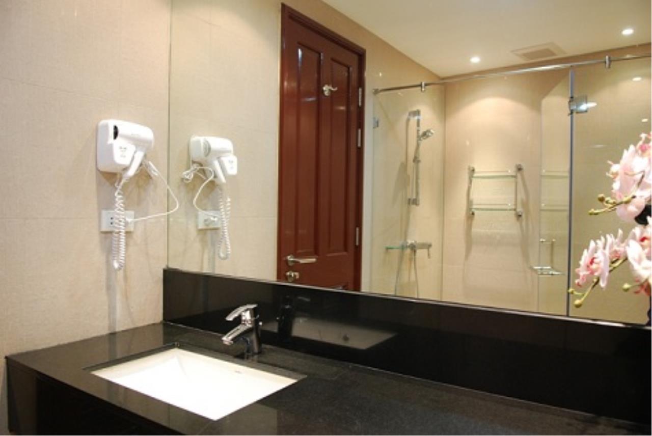 Right Move Thailand Agency's CS1947 Anatara Baan Rajprasong 2 Bedrooms For Sale 13,900,000 THB 6