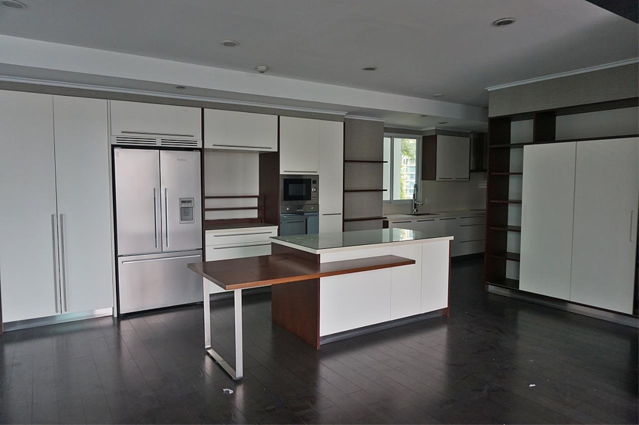 Right Move Thailand Agency's CS1971 Penthouse Duplex Wind Sukhumvit 23 For Sale 35,000,000 THB 3 Bedrooms 242 Sqm 4