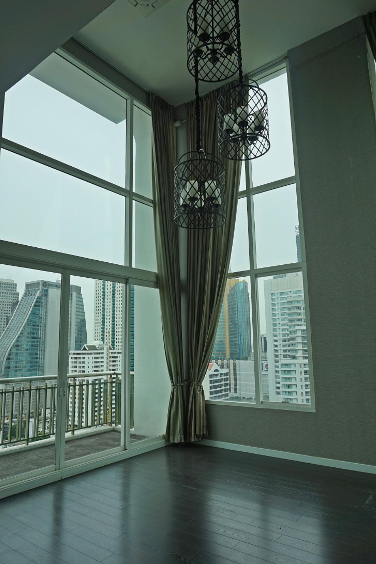 Right Move Thailand Agency's CS1971 Penthouse Duplex Wind Sukhumvit 23 For Sale 35,000,000 THB 3 Bedrooms 242 Sqm 2