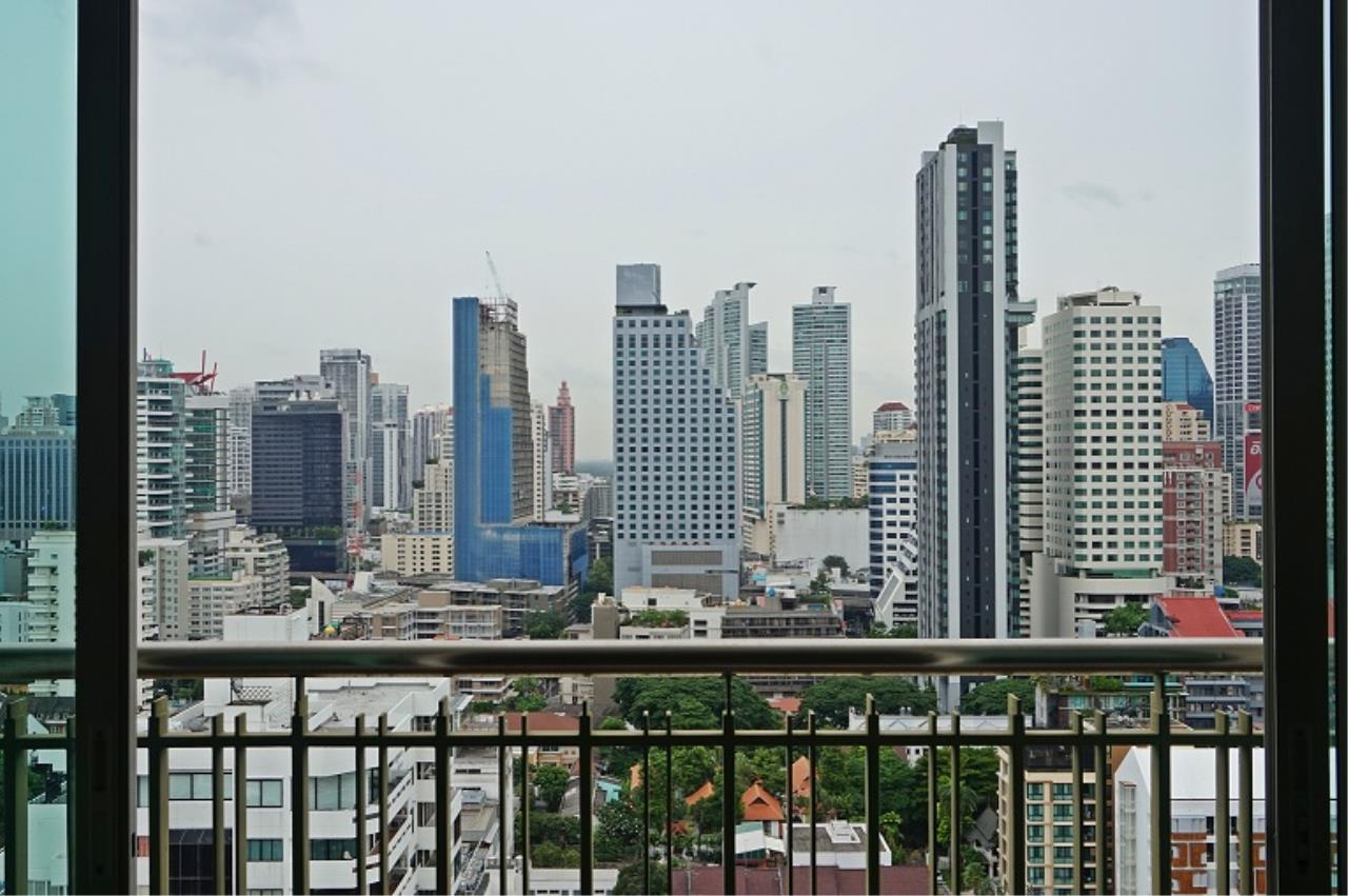 Right Move Thailand Agency's CS1971 Penthouse Duplex Wind Sukhumvit 23 For Sale 35,000,000 THB 3 Bedrooms 242 Sqm 3