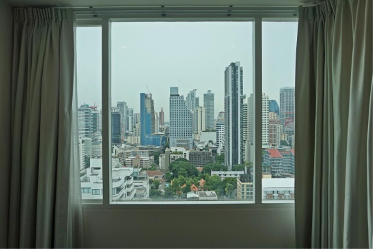 Right Move Thailand Agency's CS1971 Penthouse Duplex Wind Sukhumvit 23 For Sale 35,000,000 THB 3 Bedrooms 242 Sqm 13