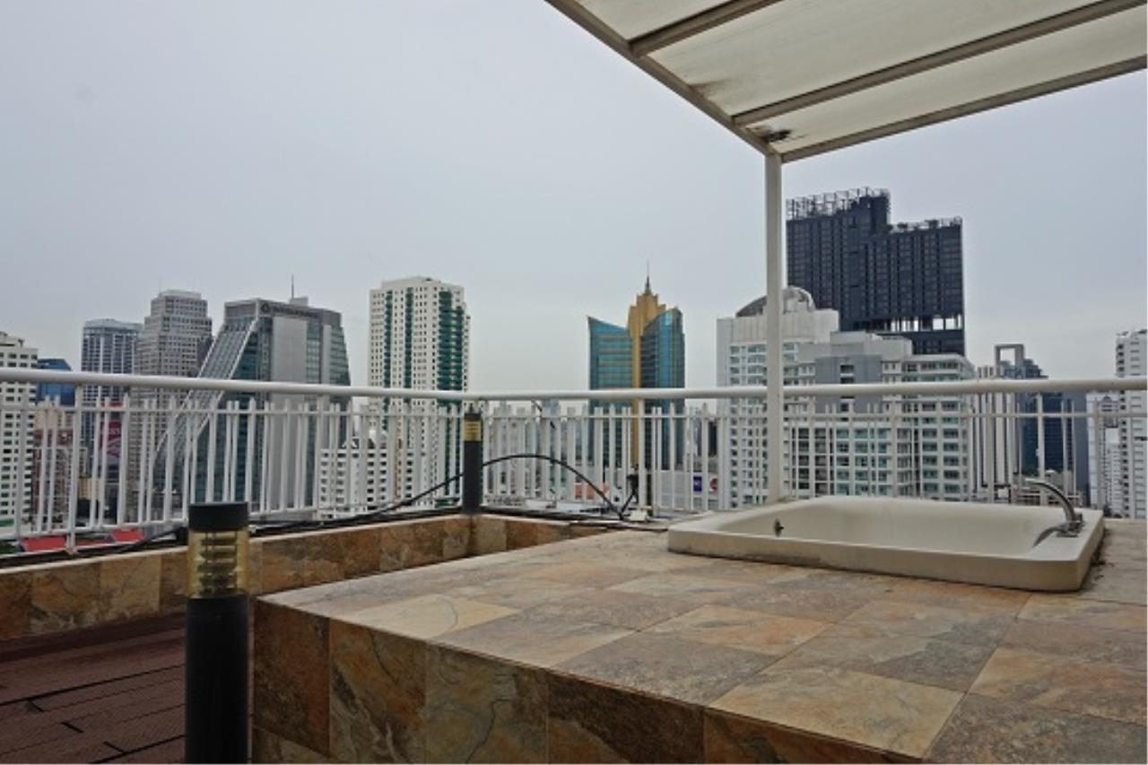 Right Move Thailand Agency's CS1971 Penthouse Duplex Wind Sukhumvit 23 For Sale 35,000,000 THB 3 Bedrooms 242 Sqm 21