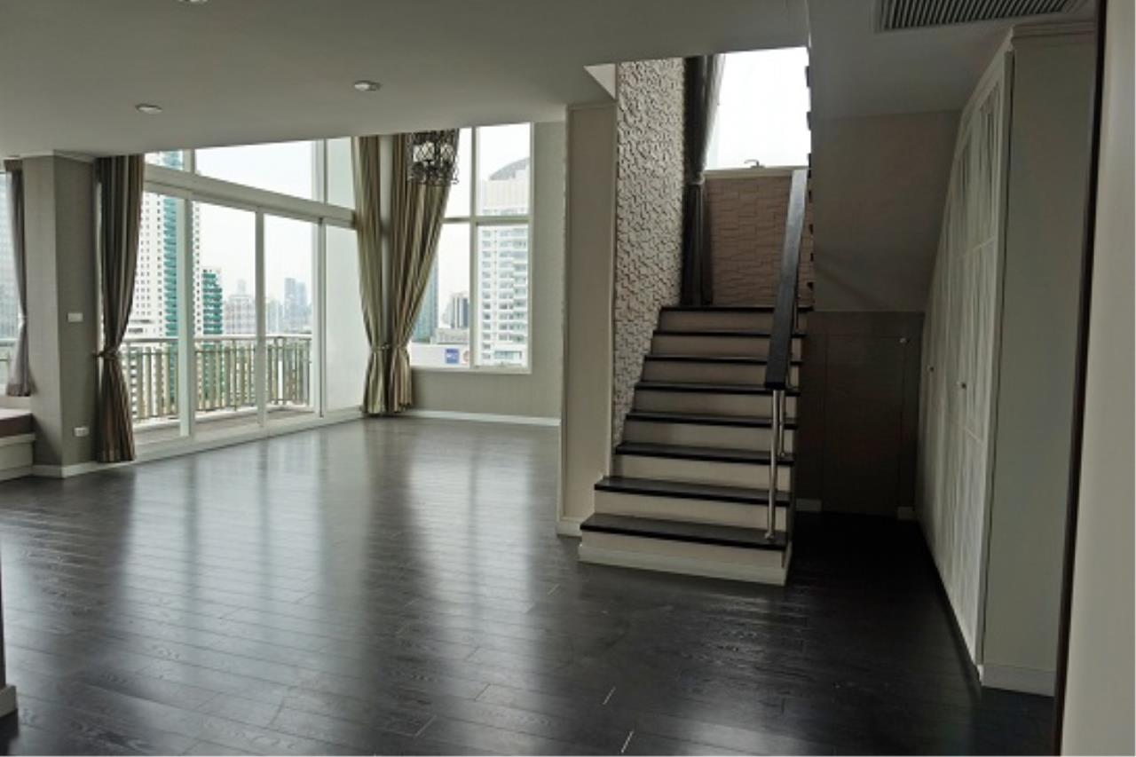 Right Move Thailand Agency's CS1971 Penthouse Duplex Wind Sukhumvit 23 For Sale 35,000,000 THB 3 Bedrooms 242 Sqm 9