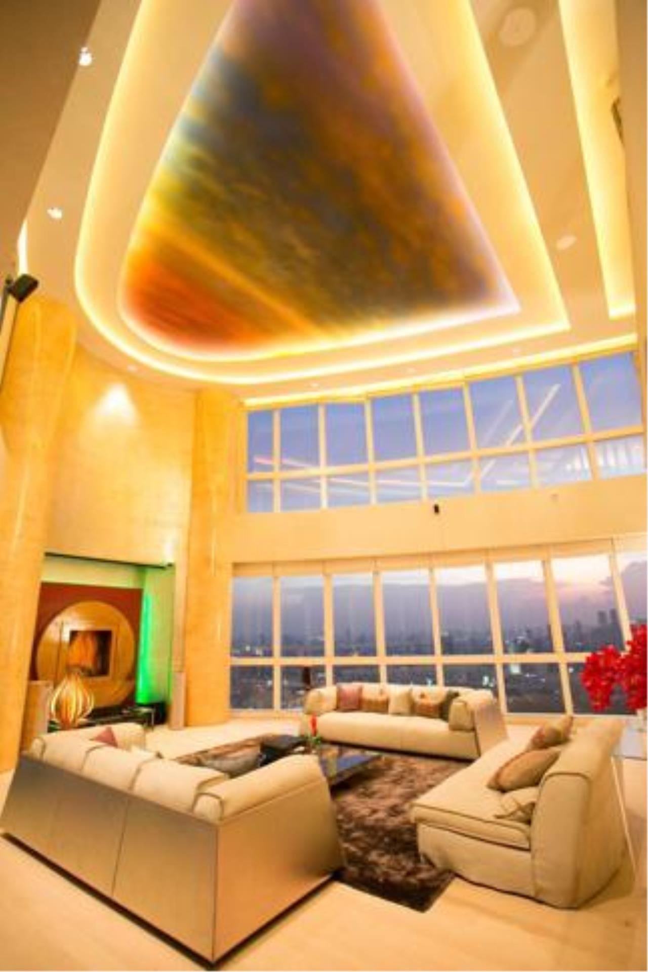 Right Move Thailand Agency's CS2029 Millennium Residence Duplex penthouse for Sale 130,000,000THB - 5 Bedrooms - 569sqm 5