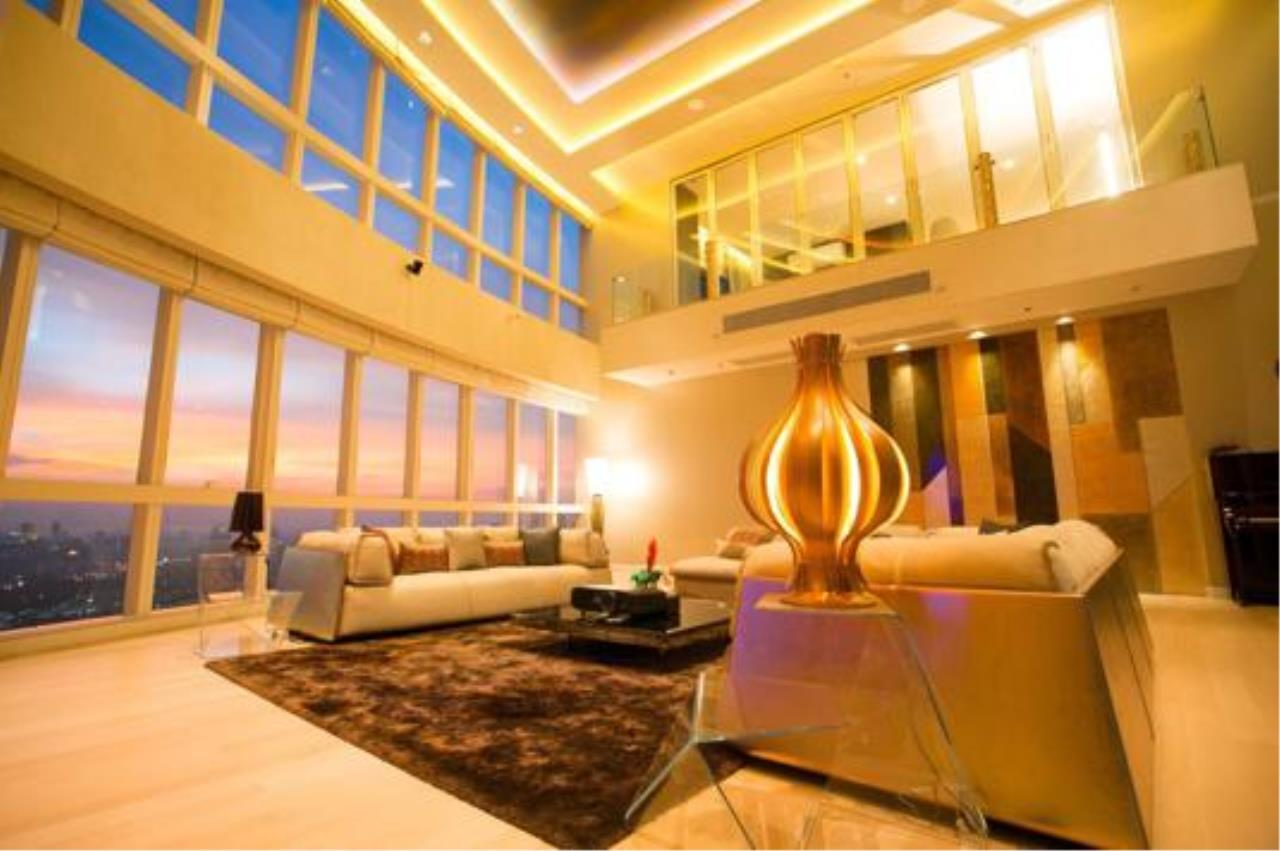 Right Move Thailand Agency's CS2029 Millennium Residence Duplex penthouse for Sale 130,000,000THB - 5 Bedrooms - 569sqm 1
