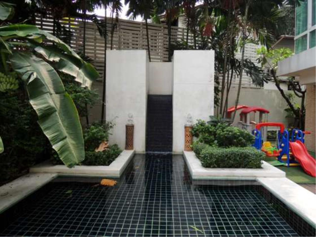 Right Move Thailand Agency's CS2102 Belgravia Residence For Sale 65,000,000 THB 4 bedrooms 295 Sqm 4