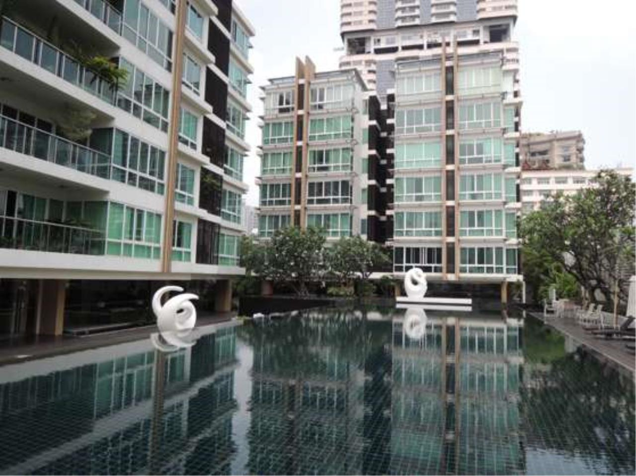 Right Move Thailand Agency's CS2102 Belgravia Residence For Sale 65,000,000 THB 4 bedrooms 295 Sqm 1