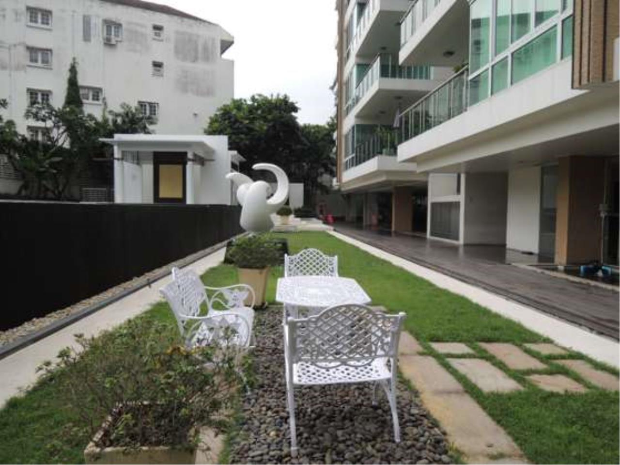 Right Move Thailand Agency's CS2102 Belgravia Residence For Sale 65,000,000 THB 4 bedrooms 295 Sqm 9