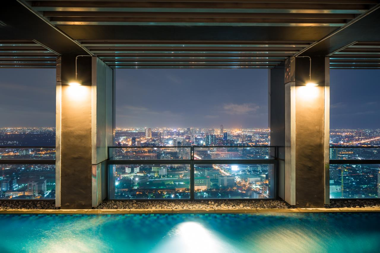 Right Move Thailand Agency's CS2103 The Met Penthouse For Sale and rent - 4 Bedrooms - 545 Sqm - Private Pool 2
