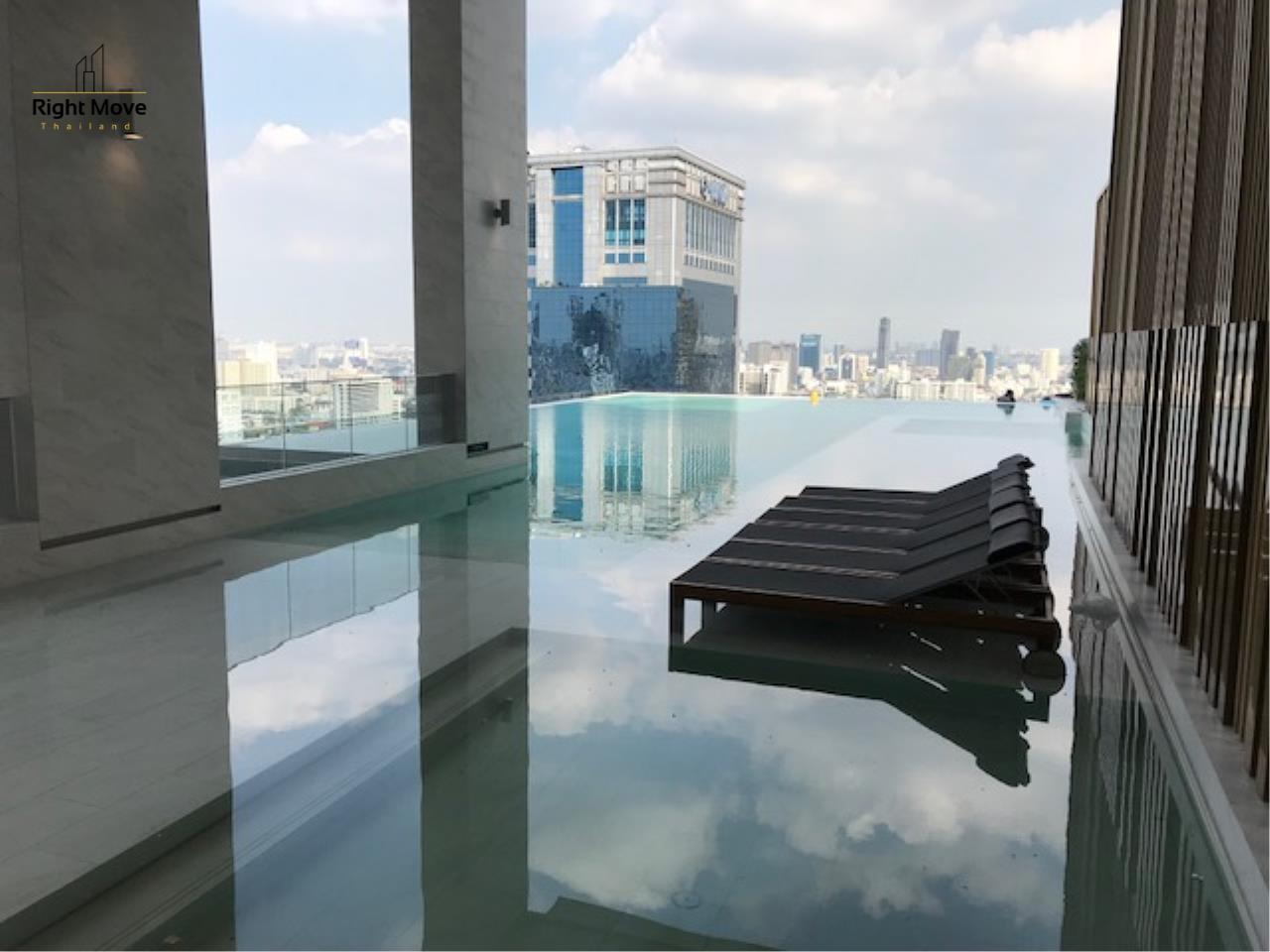 Right Move Thailand Agency's CS2326 Esse Asoke Penthouse for sale  44,400,000 THB - 124.5 sqm. 2