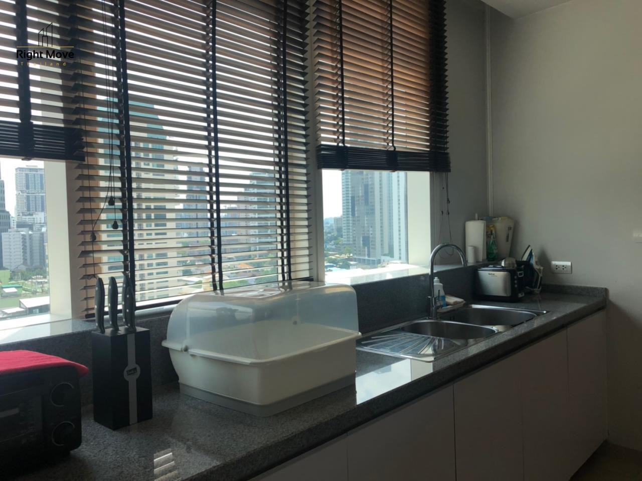 Right Move Thailand Agency's CS2375 Millennium Residence for sale 28,000,000 THB - 3 Bedrooms - 144.89 sqm. 14
