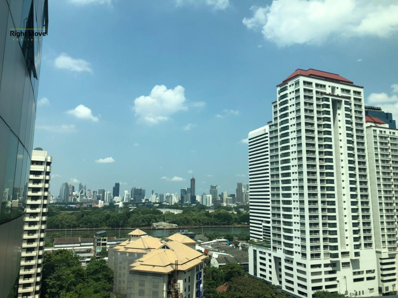 Right Move Thailand Agency's CS2375 Millennium Residence for sale 28,000,000 THB - 3 Bedrooms - 144.89 sqm. 28