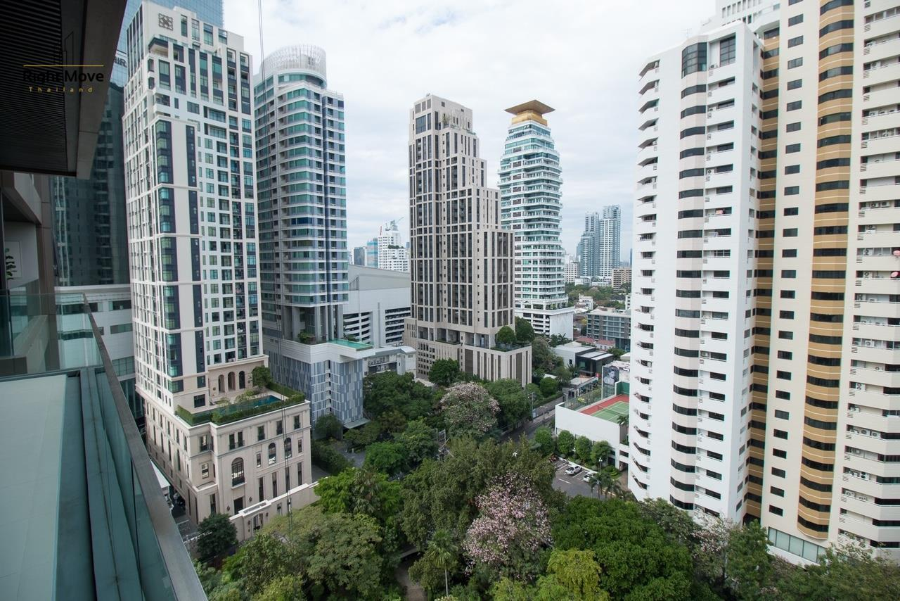 Right Move Thailand Agency's CS2669 Vittorio Sukhumvit 39 For Sale 41,600,000 THB - 2 Bedrooms - 141.67 sqm. 12