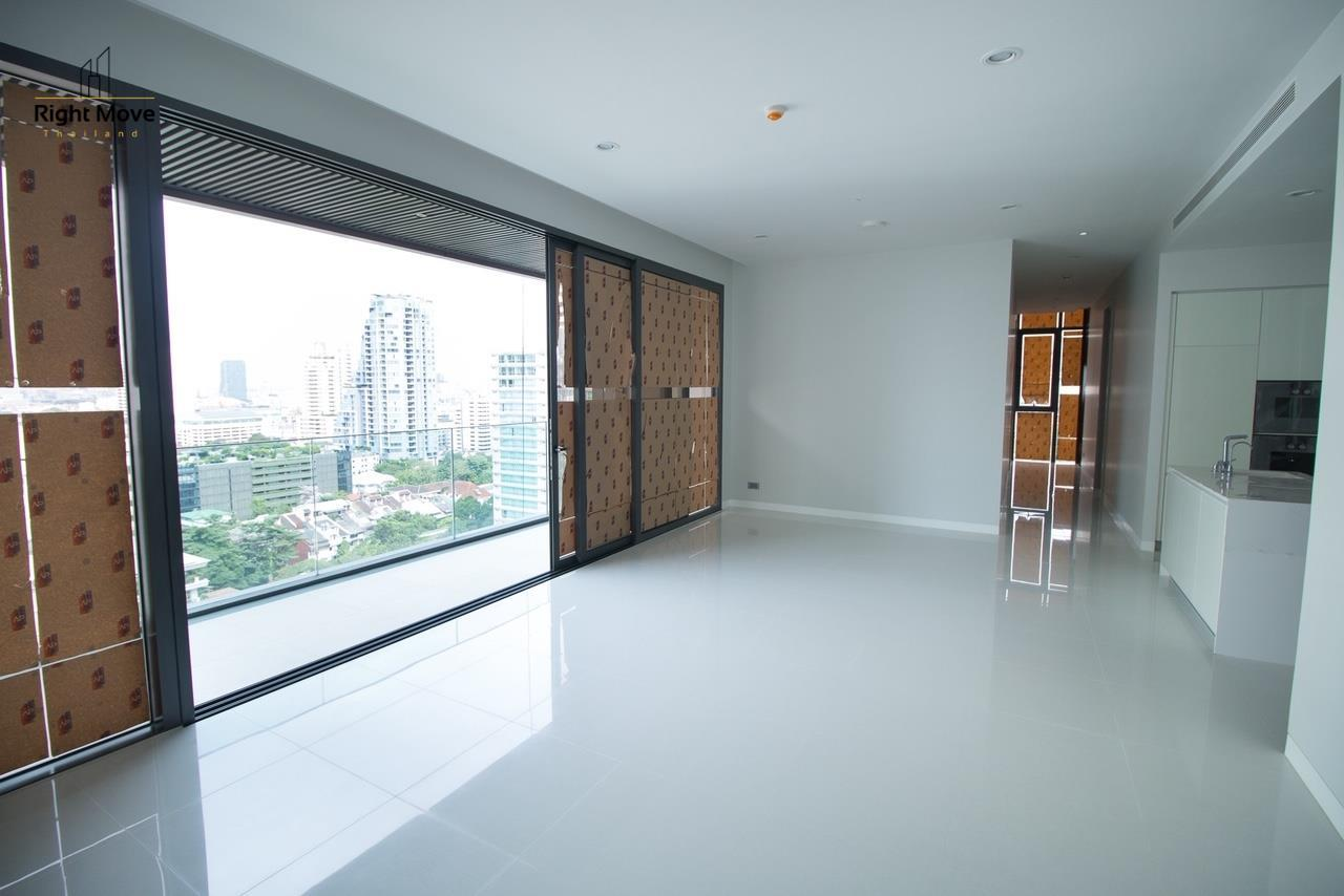 Right Move Thailand Agency's CS2669 Vittorio Sukhumvit 39 For Sale 41,600,000 THB - 2 Bedrooms - 141.67 sqm. 3