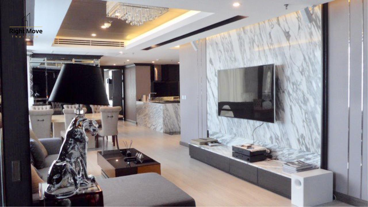 Right Move Thailand Agency's CS2834 Baan Siri 31 For Sale 21,000,000 THB - 3 Bedrooms - 133 Sqm 2
