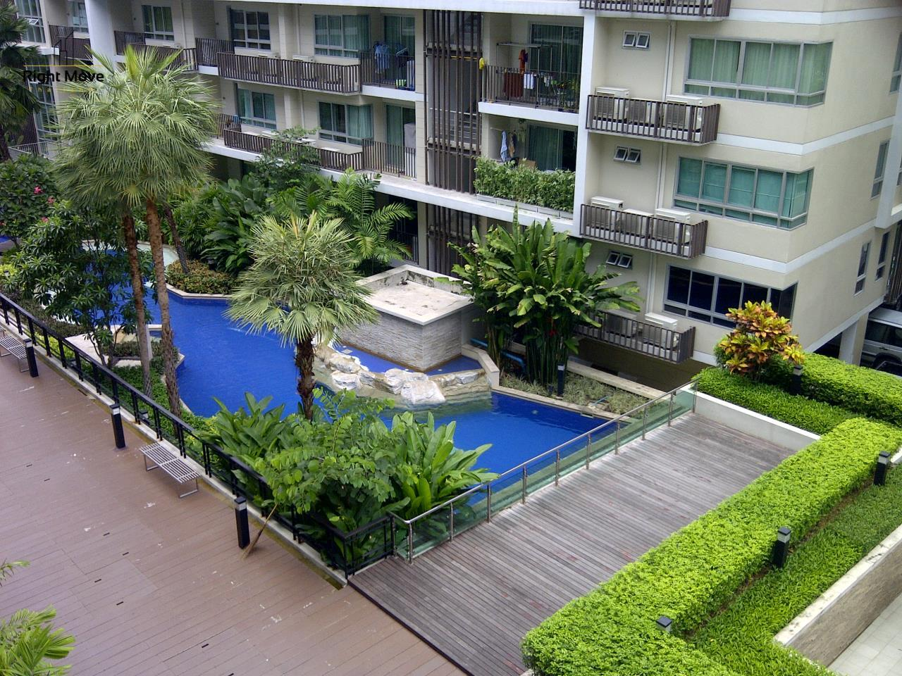 Right Move Thailand Agency's CS2877 The Clover Thonglor For Sale 7,250,000 THB For Rent 36,000 THB 2 Bedrooms 72 Sqm 16