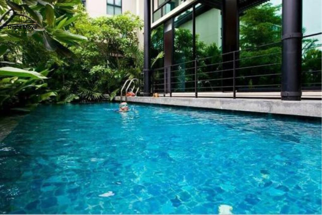 Right Move Thailand Agency's HR1017 House For Rent 170,000 THB 4 Bedrooms 400 Sqm 9