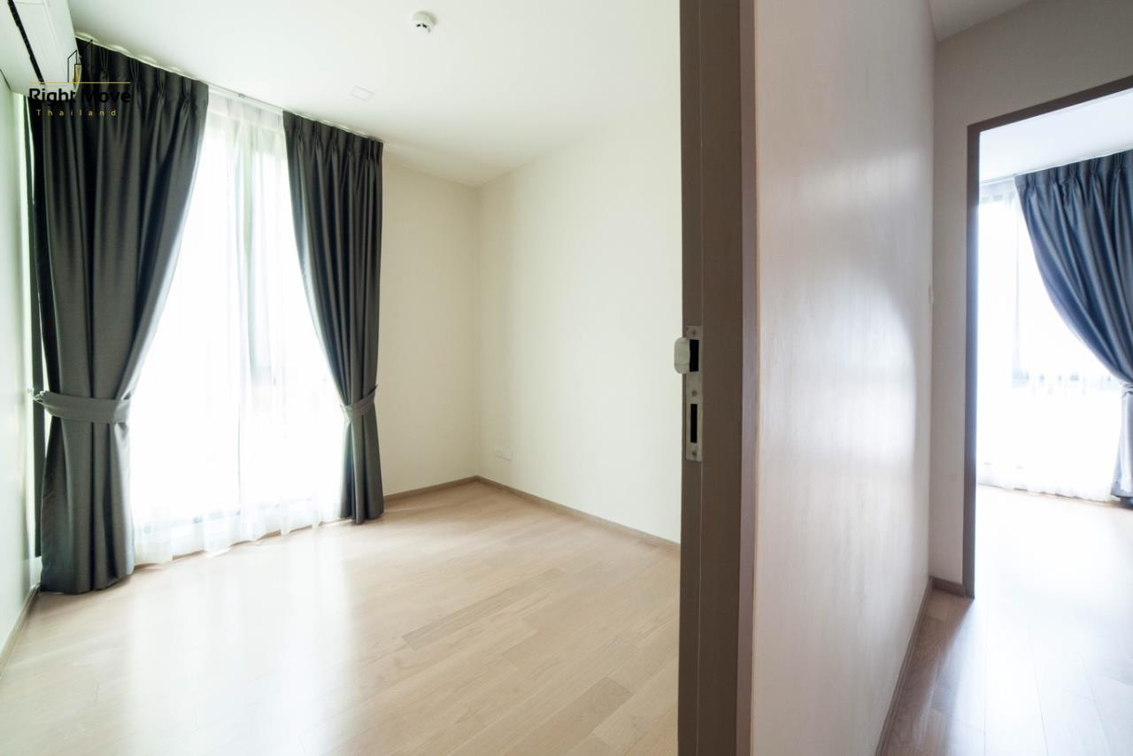 Right Move Thailand Agency's HR1017 House For Rent 170,000 THB 4 Bedrooms 400 Sqm 5