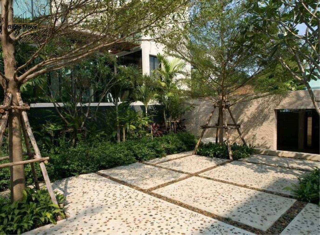 Right Move Thailand Agency's HR1017 House For Rent 170,000 THB 4 Bedrooms 400 Sqm 11