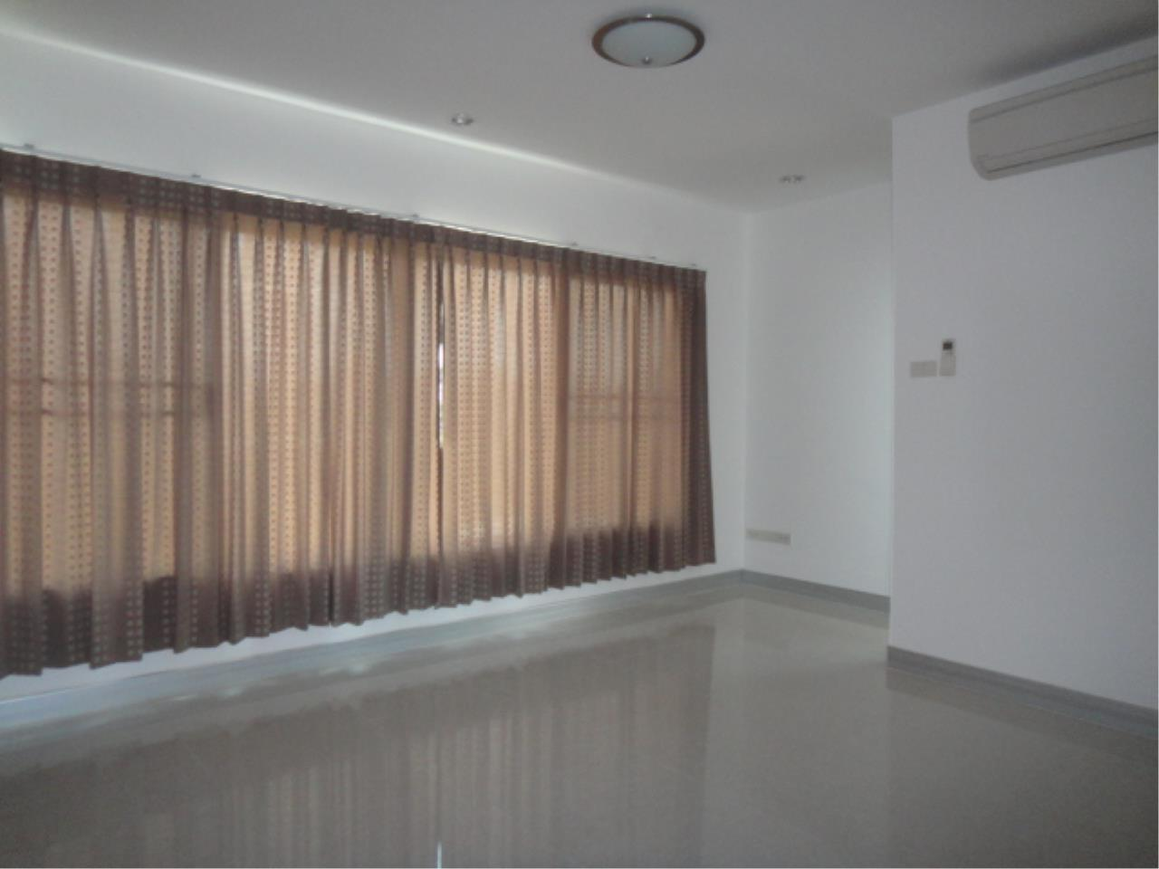 Right Move Thailand Agency's HR207 Single House 3 Storey 100 Sqw/ 315 Sqm For Rent 130,000 THB  11