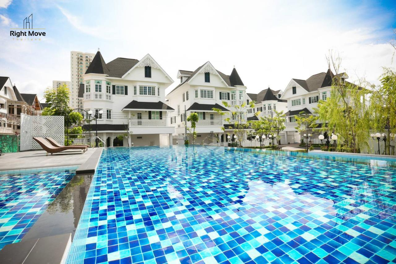 Right Move Thailand Agency's HR275 House For Rent 130,000 THB 4 Bedrooms 350 Sqm 2