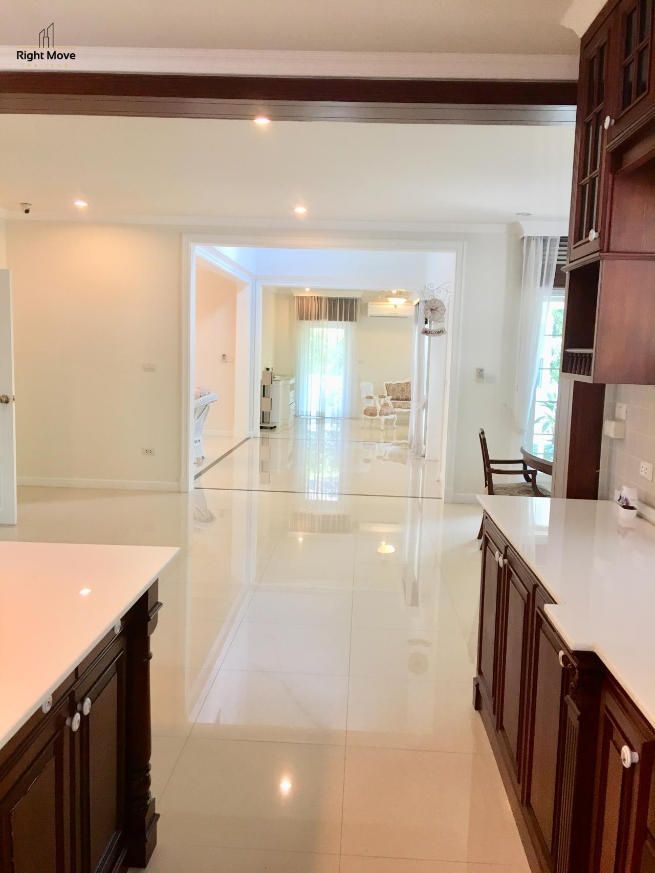 Right Move Thailand Agency's HR321 House for rent - 170,000 THB - 4 Bedrooms - 500 Sqm - Private Pool 8